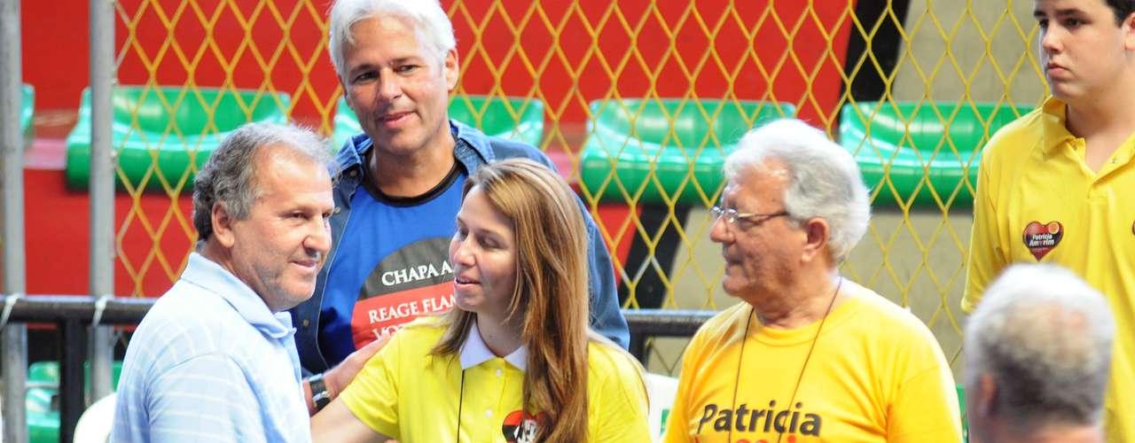 A presença de Zico na eleição presidencial do Flamengo causou alvoroço na Gávea. Até partidários de Patrícia Amorim, da chapa rival a que Zico está apoiando, tietaram o ídolo