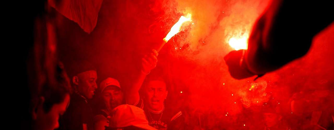 Polícia estimou que 15 mil corintianos estiveram no aeroporto