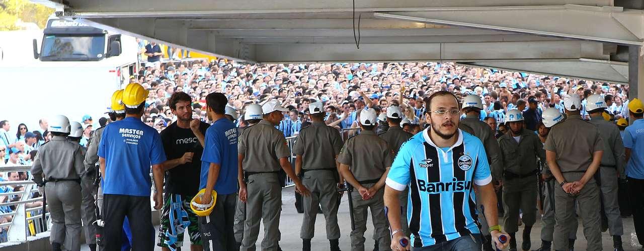 Estádio Olímpico, antecessor da Arena do Grêmio, será demolido em 2013 para ceder espaço para empreendimentos imobiliários