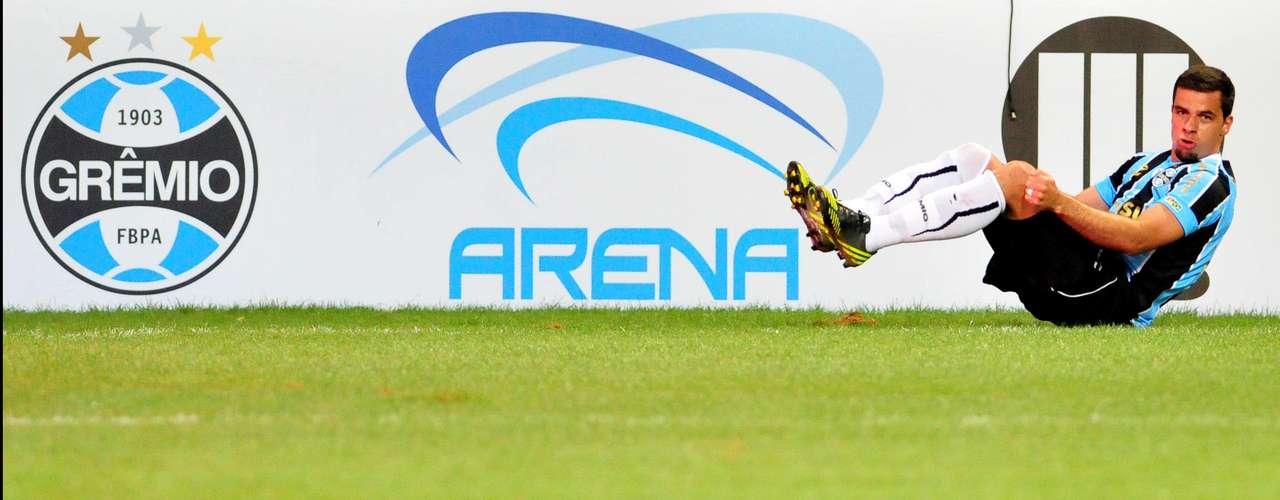 Com feito da noite de sábado, André Lima colocou o nome na história do Grêmio e do novo estádio gaúcho