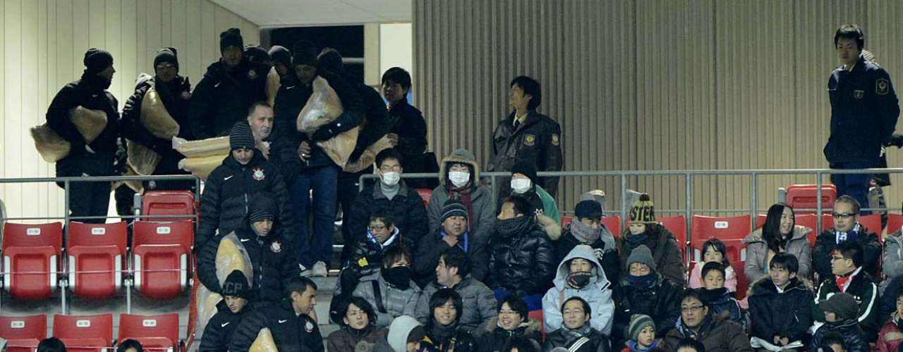 Corintianos chegam para acompanhar Sanfrecce Hiroshima x Al Ahly