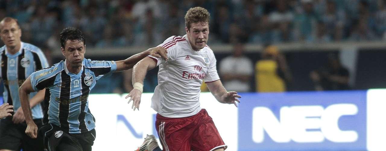 No segundo tempo, Hamburgo cresceu na partida e aproveitou para recuperar terreno no jogo