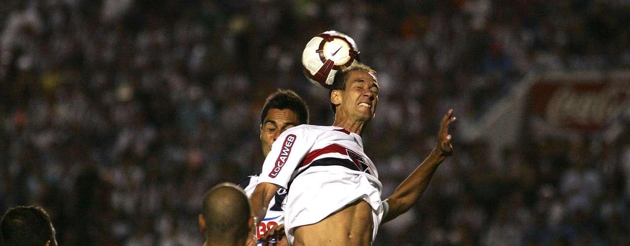 O volante Rodrigo Soutopoderia reforçar o Palmeiras em 2013 após passagem pelo Japão, mas o clube não apresentou proposta, segundo o empresário do atleta