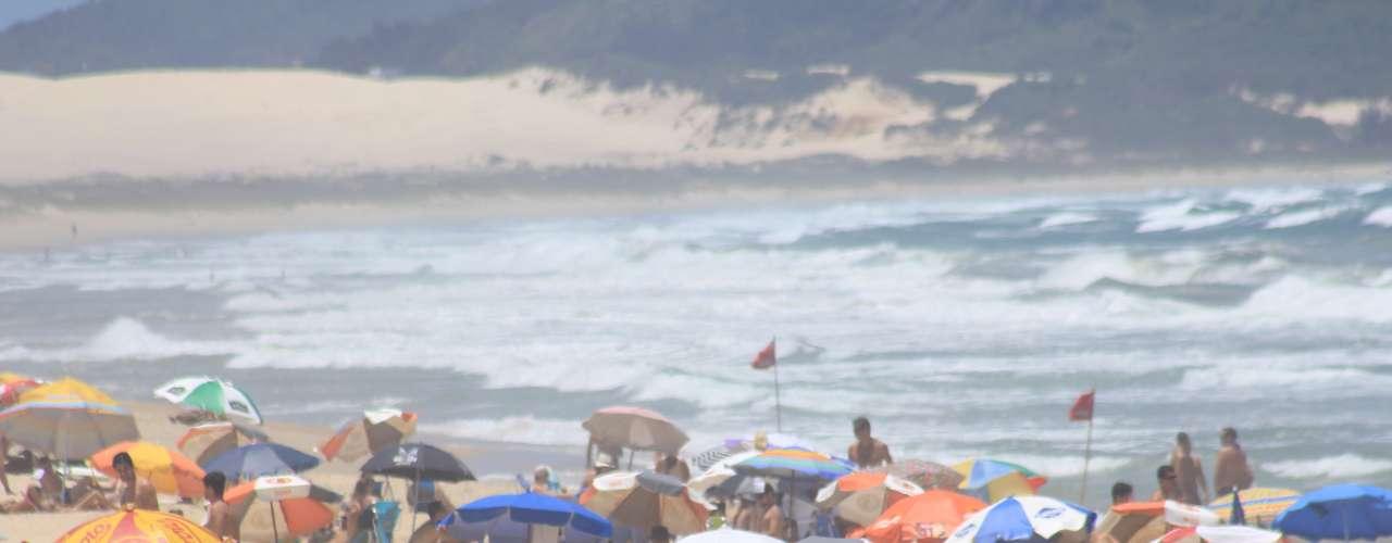 23 de dezembro - As praias mais badaladas da capital catarinense lotaram