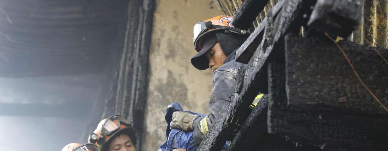 A sétima vítima é um homem que morreu por causa dos ferimentos sofridos durante um incêndio em uma favela situada no bairro de San Juan