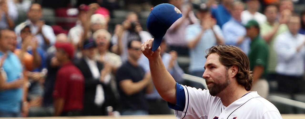 27: R.A. Dickey (EUA) - Beisebol