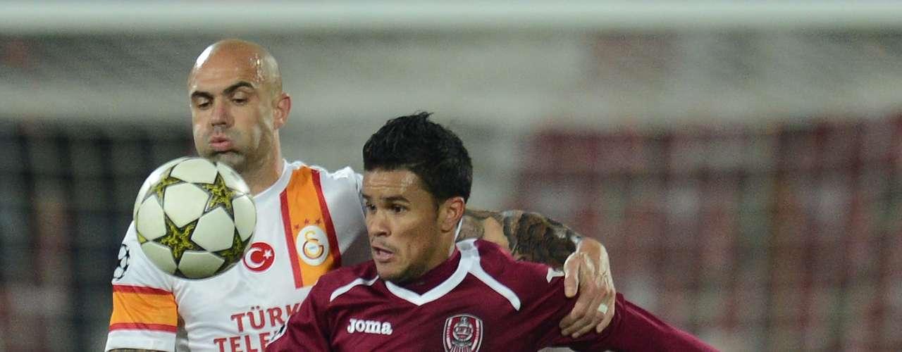 O experiente zagueiro Cris rescindiu o contrato com o Galatasaray, da Turquia, e acertou a transferência para oGrêmio