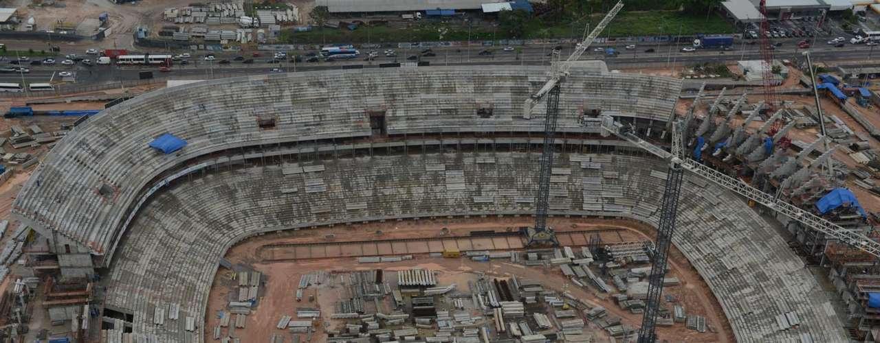 8 de janeiro de 2013: Única sede da região norte brasileira para a Copa do Mundo de 2014, a Arena da Amazônia vai, aos poucos, ganhando forma para receber o maior torneio futebolístico do planeta