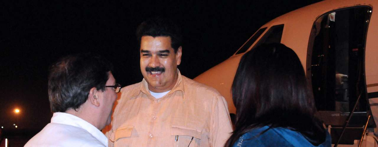 29 de dezembro - Nicolas Maduro chega a Havana, em Cuba, para acompanhar a recuperação de Chávez. Dois dias antes, entrou em vigor um decreto assinado por Chávez delegando a Maduro o exercício de algumas atribuições econômicas e administrativas