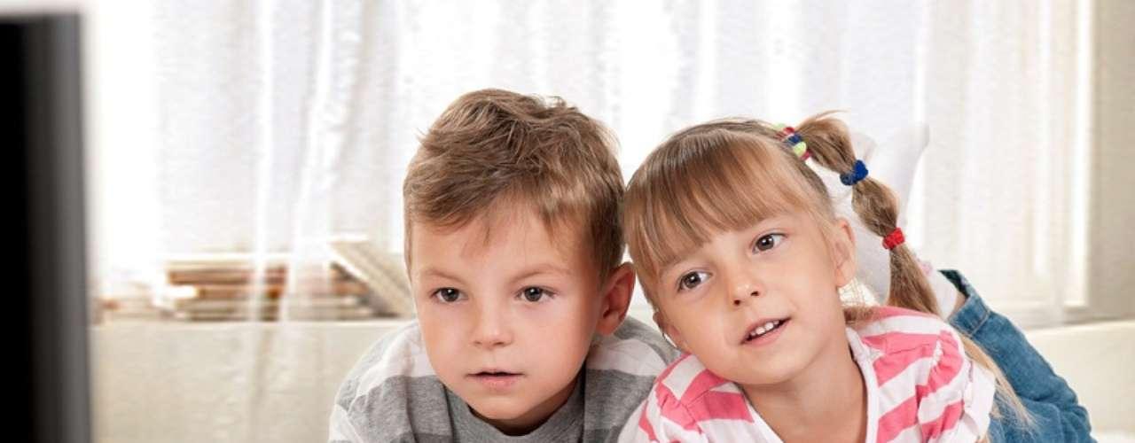 O videogame pode trazer benefícios para a criança, como o desenvolvimento do raciocínio lógico e da coordenação motora