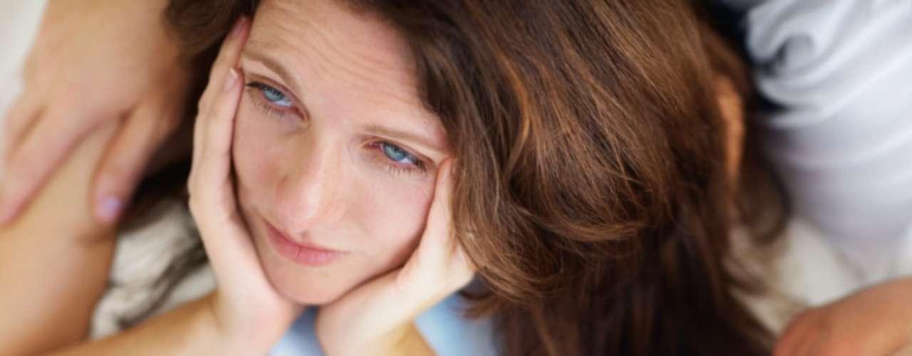 Elisabeth Leão, ginecologista e obstetra do Hospital Beneficência Portuguesa de São Paulo diz que mulheres que não sonham com a maternidade podem contribuir psicologicamente para a incidência do quadro. \