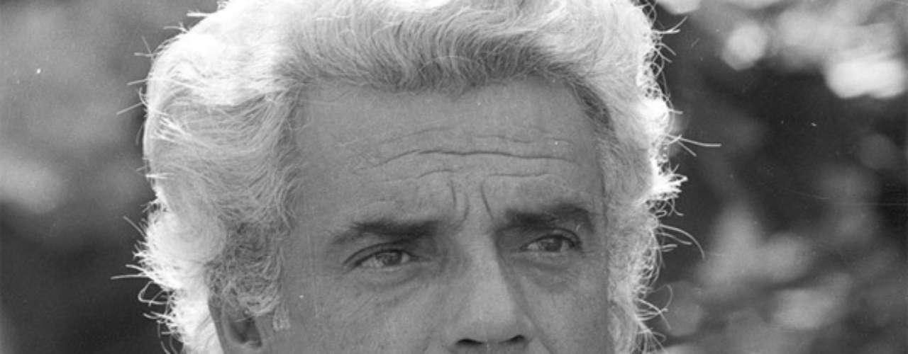 Na novela 'Locomotivas', de 1977, interpretando Fábio