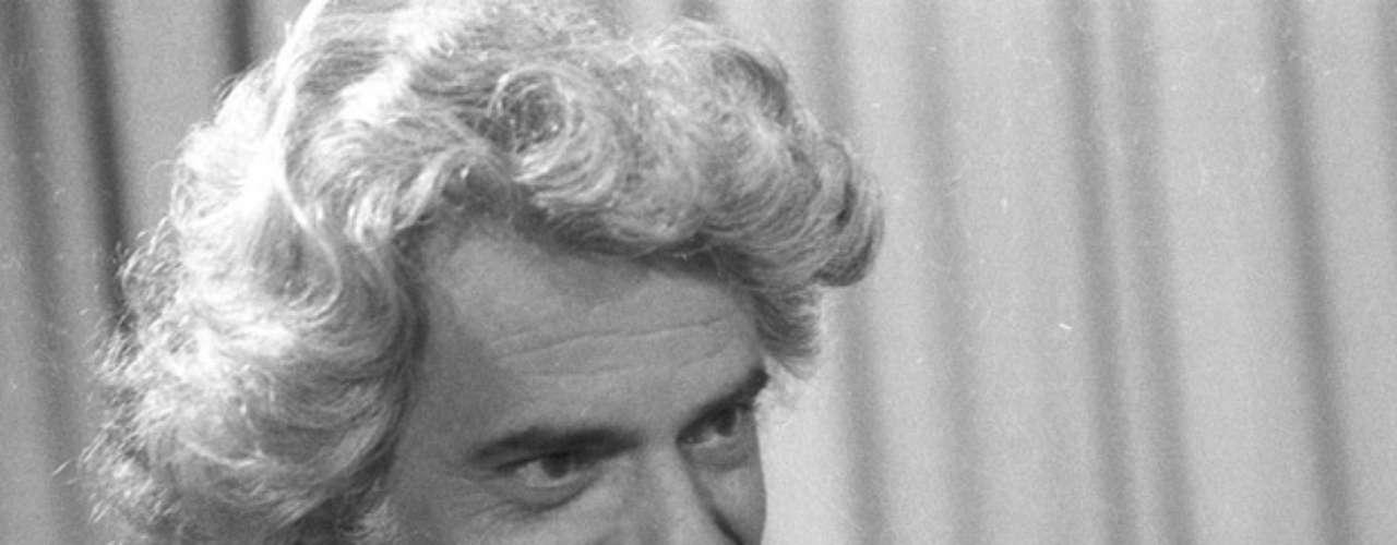 na novela 'Corrida do Ouro', de 1974, como Murilo