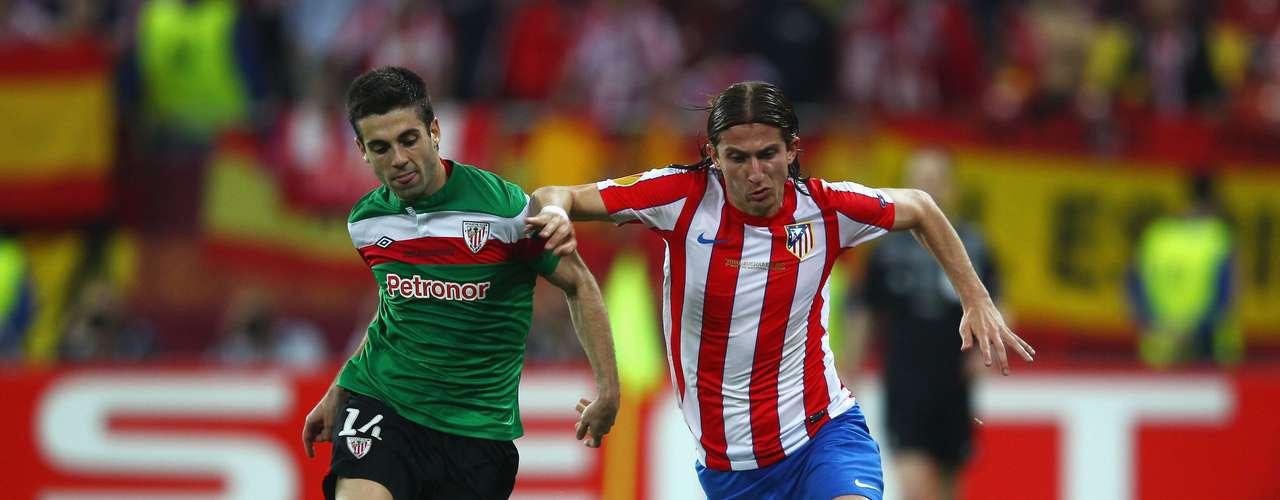 Laterais: Filipe Luis (Atlético de Madrid)