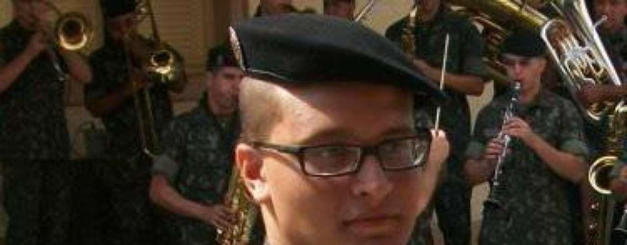 Luciano Tagliapetra Esperidião era do Exército. Ele era natural de Nova Palma, no Rio Grande do Sul