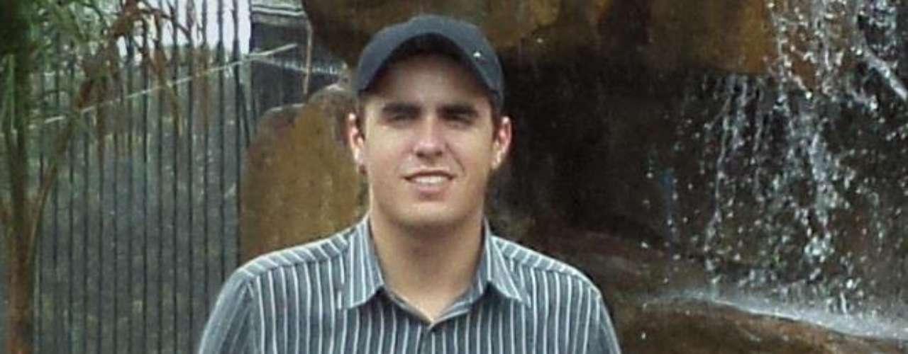 Formado em Zootecnia, Mauricio Loreto Jaime trabalhava na Perin Agropecuaria. Morava em Santa Maria, mas era natural de Caçapava (RS)