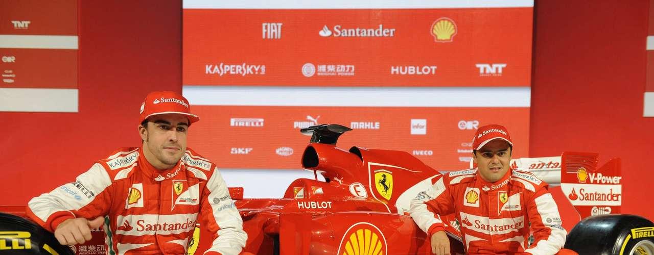 Alonso foi vice-campeão do Mundial de Pilotos de 2012, enquanto que Massa terminou na sétima posição