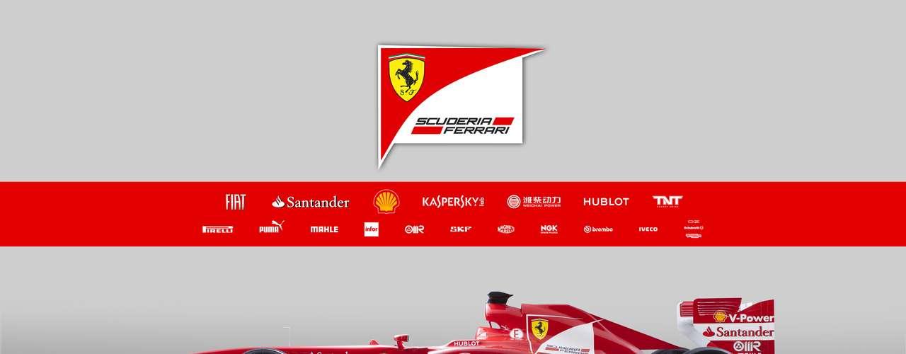 Em 2012, todas as escuderias da F1 adotaram o\