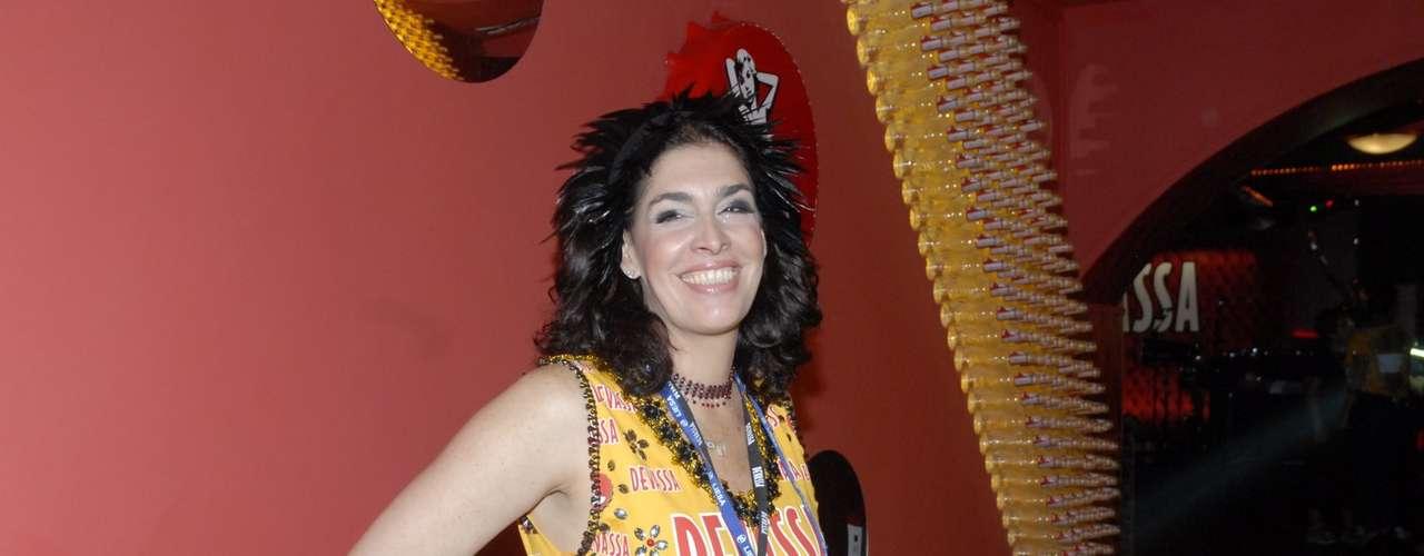 Paula Lavigne aproveita o Carnaval do Rio de Janeiro em um camarote de uma marca de cervejas