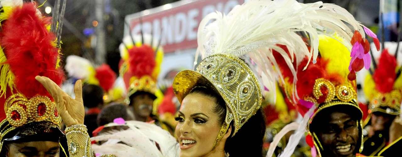 A rainha da Grande Rio, Carla Prata