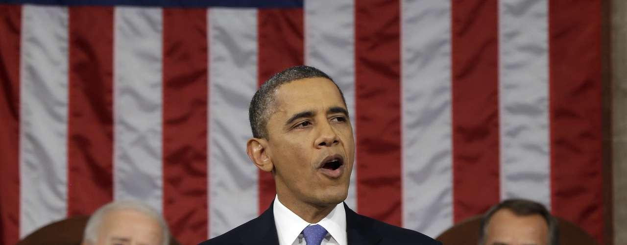 O presidente dos Estados Unidos prometeu mais transparência nos esforços antiterroristas do seu governo, mas também sustentou que \