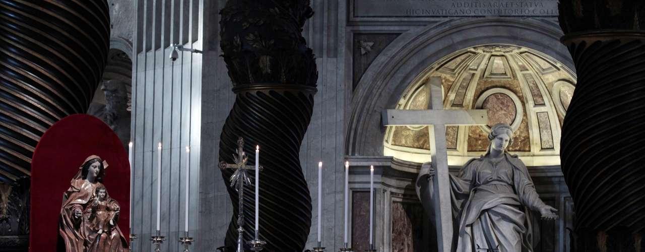 Bento XVI celebrará a primeira missa depois que anunciou sua renúncia