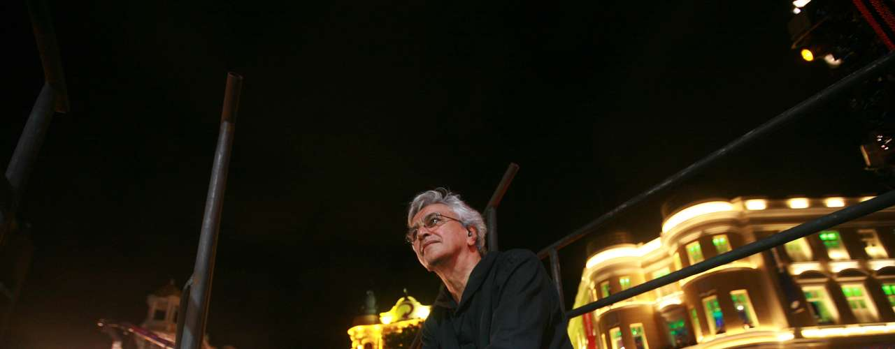 Em determinado momento do show, Caetano Veloso agradeceu Recife pelo carinho