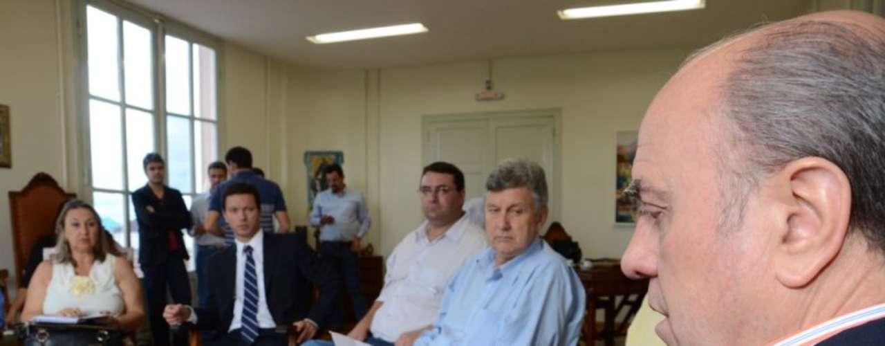16 de fevereiro Prefeito recebeu parlamentares em seu gabinete nesta sexta-feira