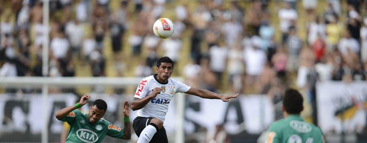 Bastante movimentado, primeiro tempo no Pacaembu terminou empatado por 1 a 1