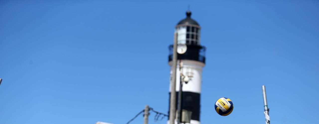 17 de fevereiro - Farol da Barra, em Salvador, promove atividades de recreação gratuitas para a população nos finais de semana