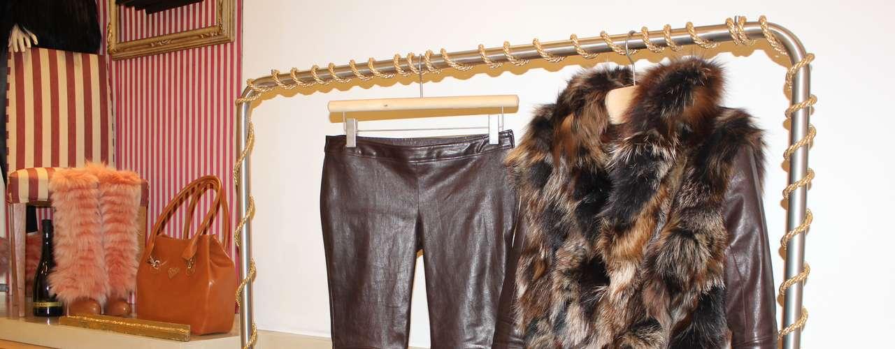 O couro e a pele também apareceram em modelos de roupa da grife