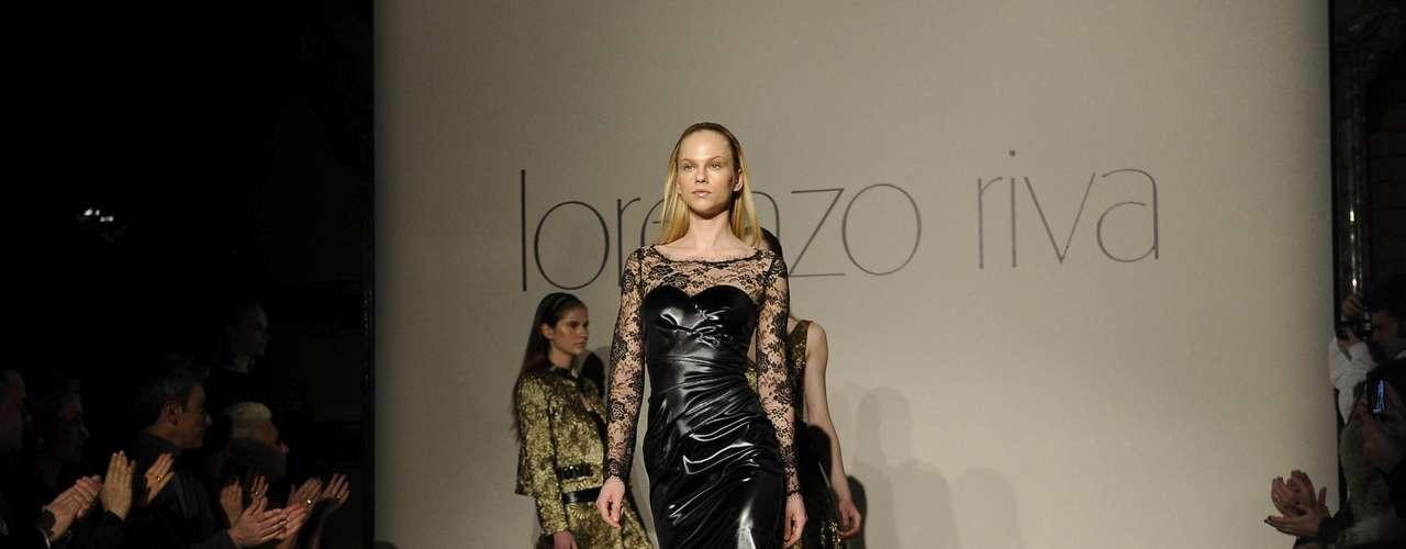 Lorenzo Riva também misturou texturas, apesar de se tratar de uma proposta para o inverno, os tecidos finíssimos não foram dispensados