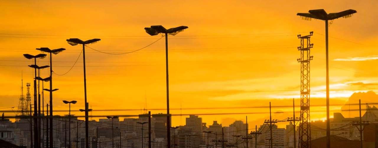 25 de fevereiro - A capital paulista registrou temperatura de30ºC