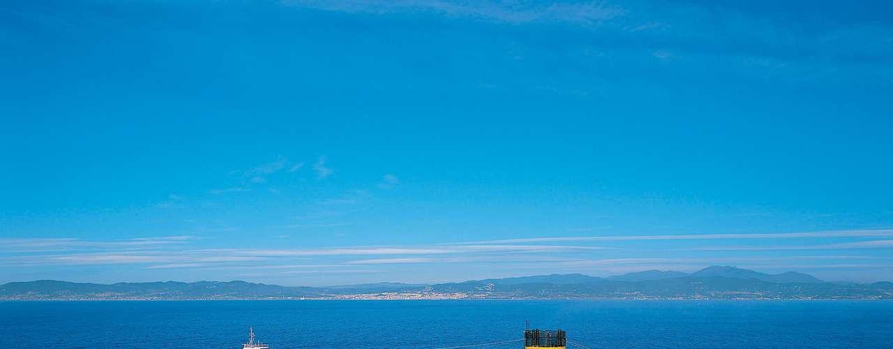 Costa Fortuna  Partindo de Santos em 14 de março, a embarcação da Costa Cruzeiros fará roteiro de 21 dias até Savona, na Itália