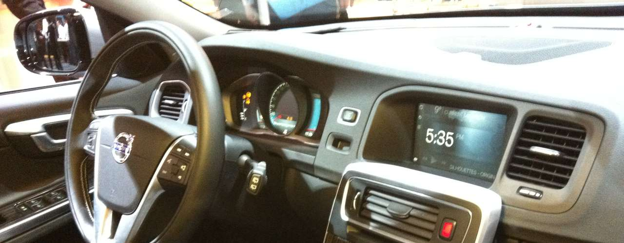 Com o carro conectado, o usuário poderá ter uma série de facilidades, como acesso aos seus aplicativos