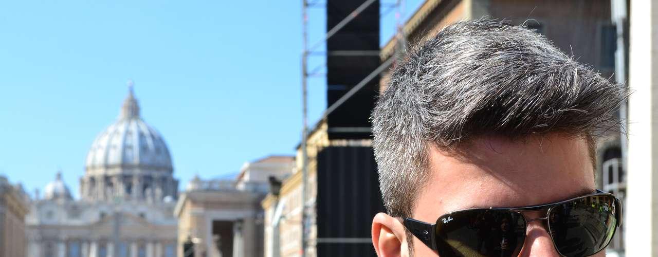 Emerson Lombardi, de Belo Horizonte, mora em Roma há quatro meses, além de ter sentido uma grande emoção \