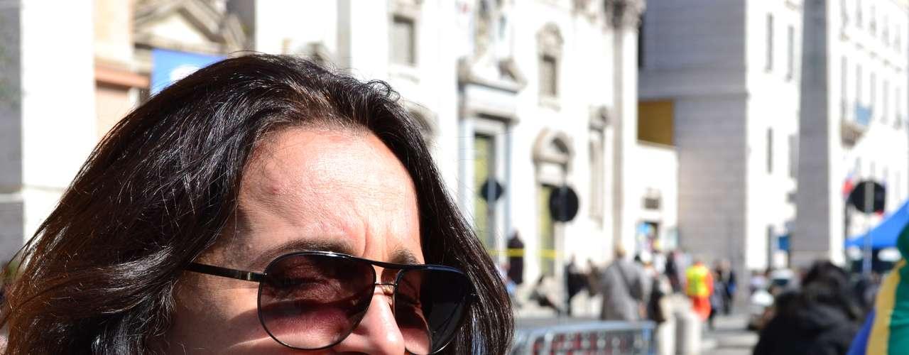 Maria Regina Damásio, do Rio de Janeiro, relatou que a \