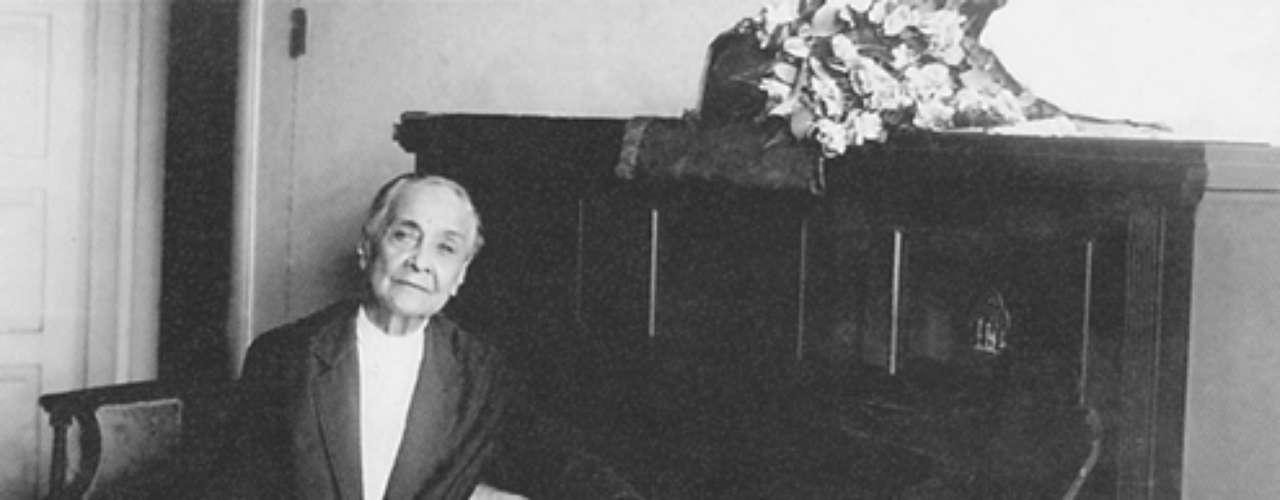 A compositora em seu aniversário de 85 anos