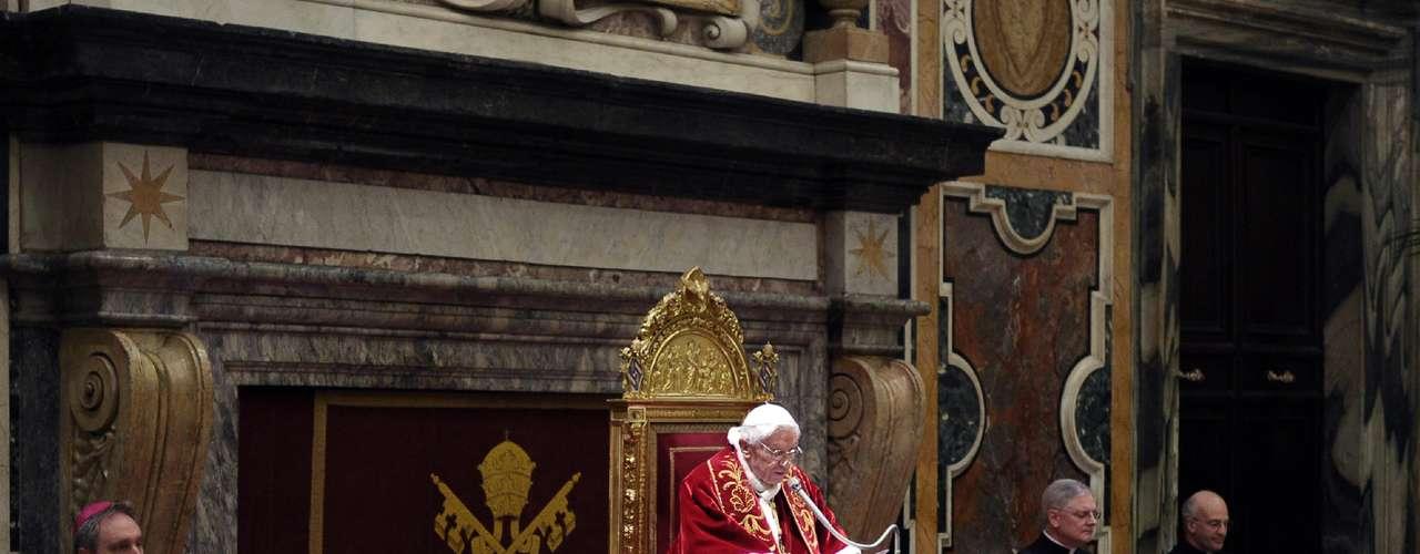 O Papa destacou a proximidade, solidariedade e conselhos que recebeu dos cardeais em seus oito anos de Pontificado