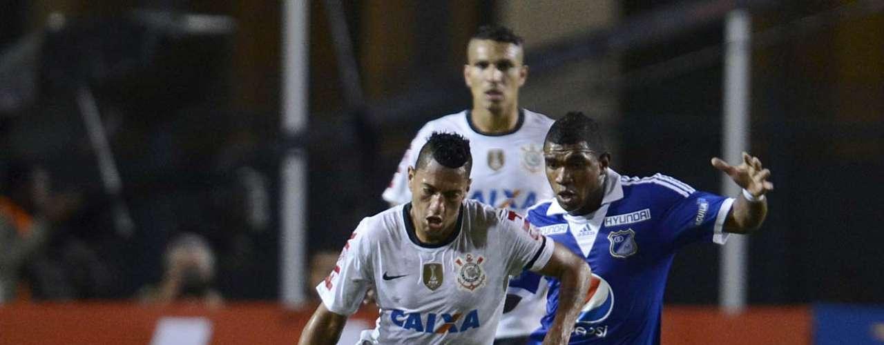 Ralf teve boa atuação na partida contra o Millonarios