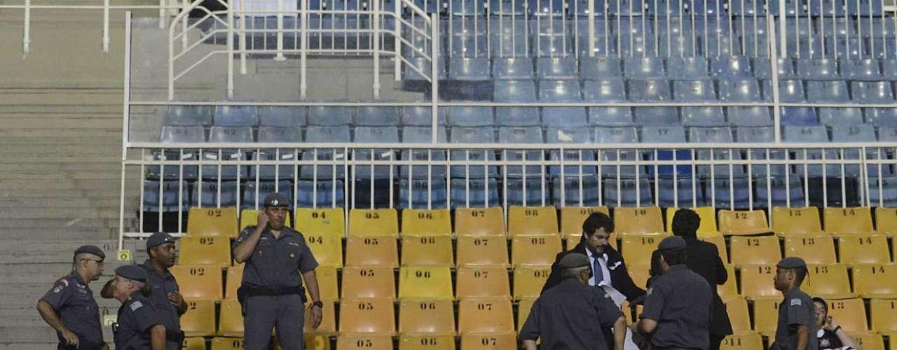 Os torcedores precisaram recorrer ao policiamento para ter a liminar respeitada