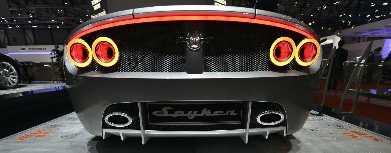 A montadora afirmou que a produção do caçador deve começar no início de 2014, para os mercados europeu e asiático, e em seguida para os Estados Unidos. O esportivo artesanal tem no preço um grande atrativo para os fãs: custará em torno de US$ 150 mil (R$ 300 mil), segundo a Spyker