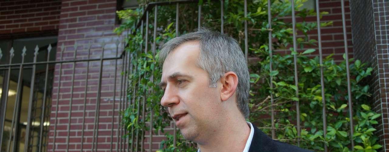 6 de março - Segundo o delegado Sandro Meinerz, a Polícia Civil estuda alguns elementos antes de interrogar o prefeito de Santa Maria, Cezar Schirmer (PMDB)