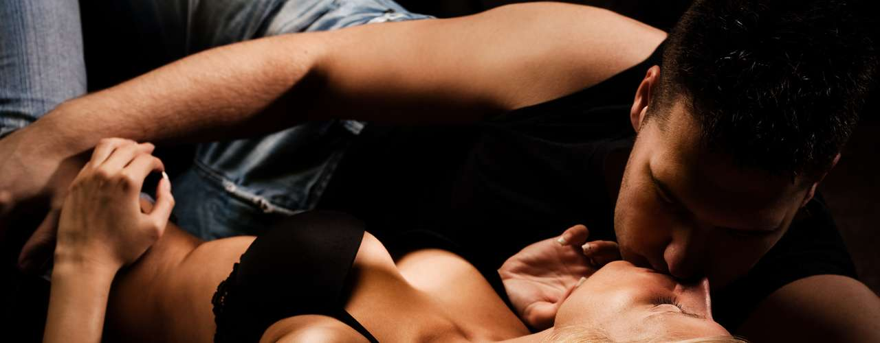 Acelerador de preliminares De acordo com o site New Scientist, em 2006, um estudo realizado pela Universidade McGill monitorou as variações de temperatura nas genitais como forma de medir a excitação sexual. A pesquisa descobriu que ao mostrar filme pornô, homens e mulheres começaram a demonstrar excitação após 30 segundos