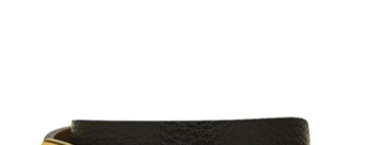 Cinto com fivela dourada Corello, R$ 99, Tel. 11 3120-8090