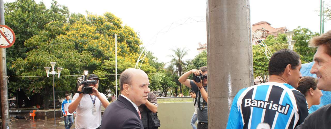 8 de março -  Cezar Schirmer, prefeito de Santa Maria, prestou depoimento na 1ª DP por quase cinco horas