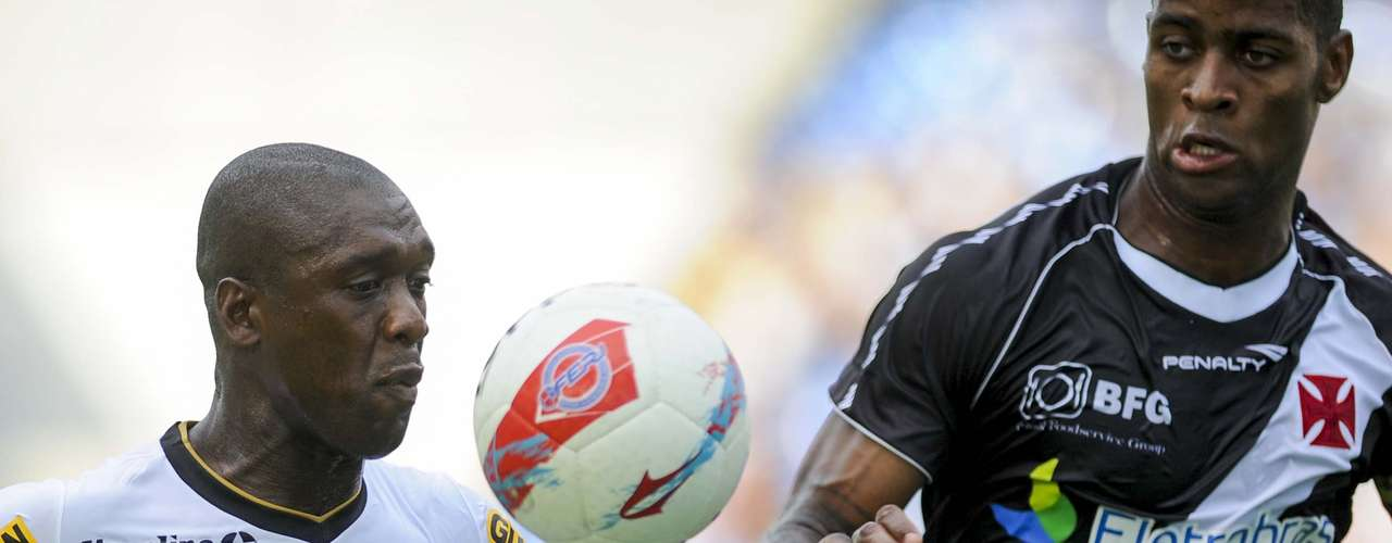 Seedorf recebeu atenção especial de Dedé, mas conseguiu iniciar a jogada do gol do título botafoguense