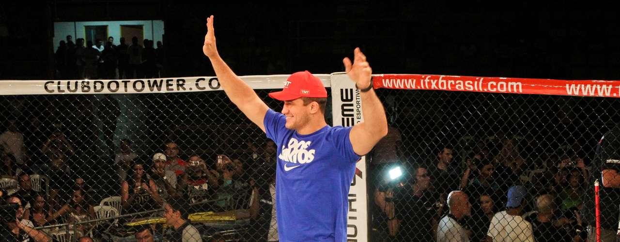 Ex-campeão dos pesados do UFC, Junior Cigano foi o convidado especial do evento