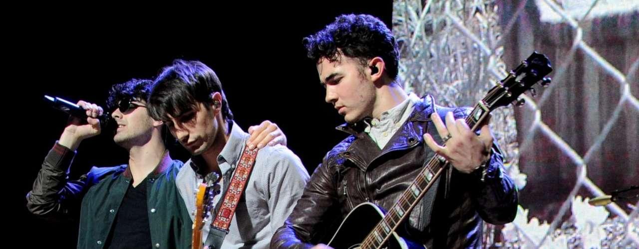 O trio segue para apresentações no Rio de Janeiro (12) e em Porto Alegre (14)