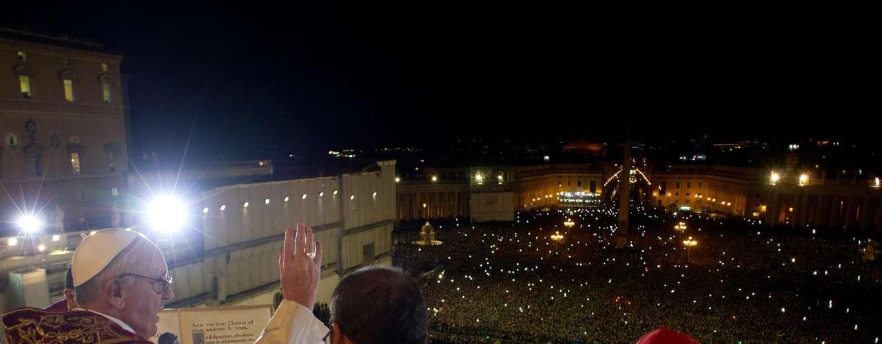 13 de março - O papa Francisco pediu que os fiéis \